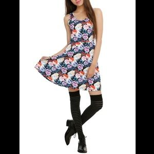 Disney Alice In Wonderland Pansies Print Dress